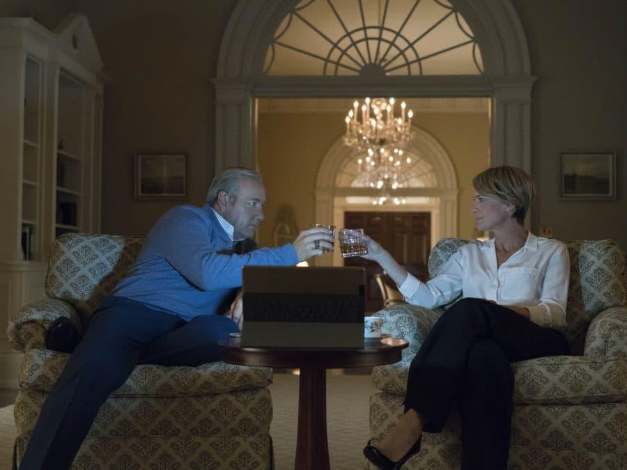 Parenthèse estivale 2017 : House of cards Série américaine - 5 saisons - Diffusion Netflix